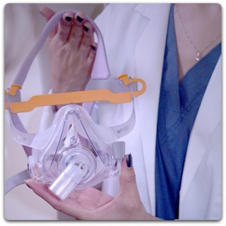 CPAP Mask for Sleep Apnea Therapy Image